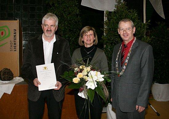 Albert Wahl erhält die Landesehrennadel des Ehrenamtes Baden-Württemberg