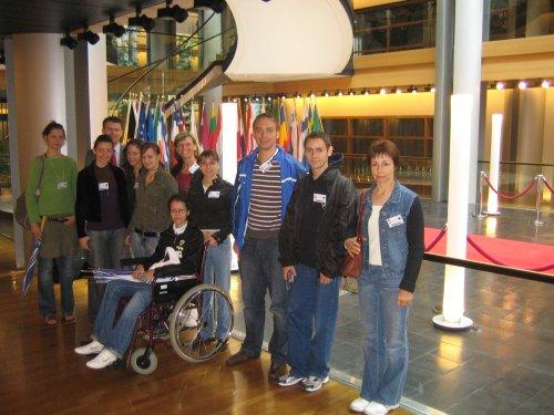 Serbische Damenmannschaft der Superliga aus Skorenovac (Vojvodina)- der ATC Dósza auf Einladung vom Europaabgeordneten Herr Daniel Caspary aus Karlsruhe – im Europarlament in Straßburg – zu Besuch.