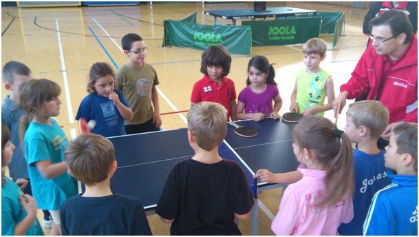 Tischtennisverein Muckenschopf sucht Nachwuchs in der Gustav-Heinemann-Schule