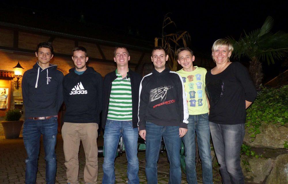 Doppelspieltag der Herren 1 mit zwei sensationellen Siegen, Niklas Faller noch ungeschlagen