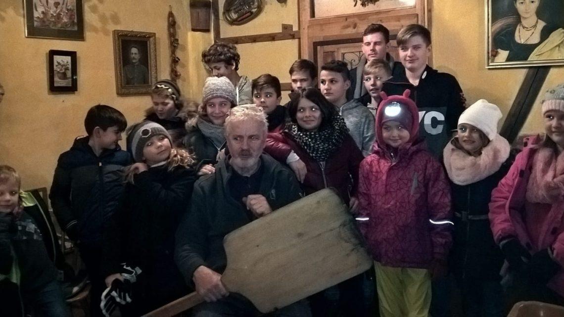 Jugendweihnachtsfeier mit Wanderung nach Gamshurst