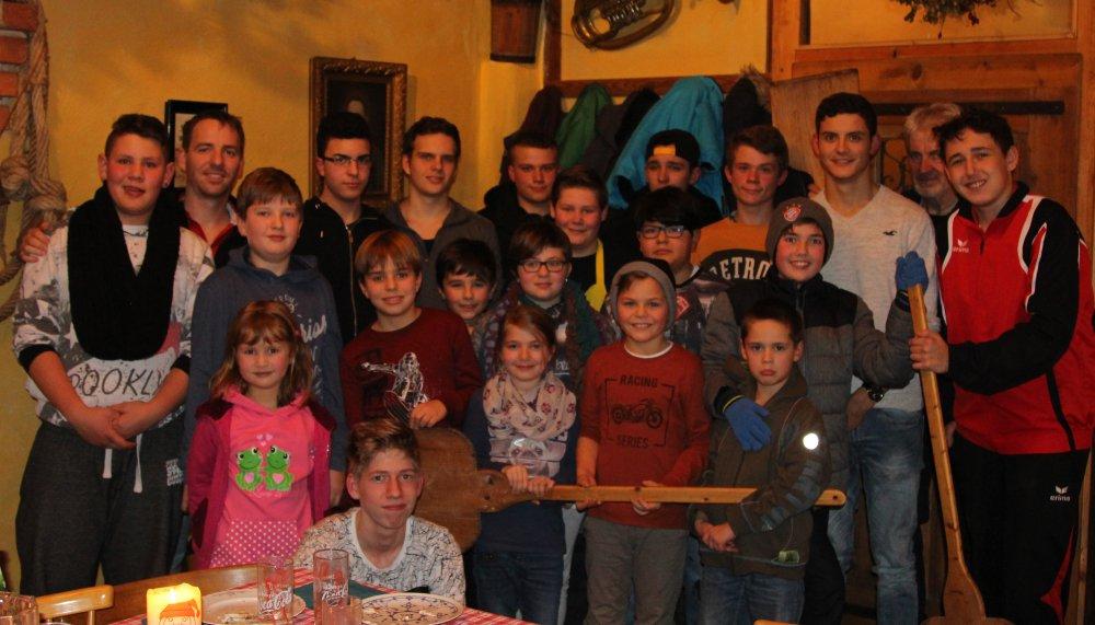 Rekord Beteiligung bei Jugend-Weihnachtsfeier