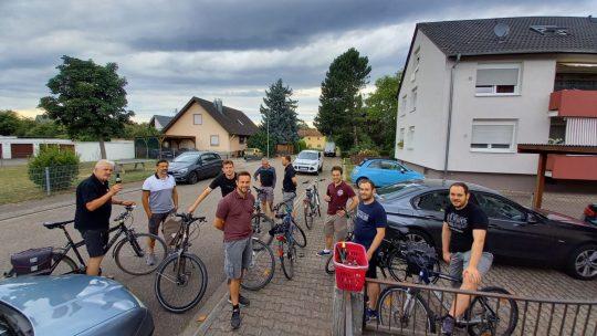 Un tour à vélo des équipes 2 & 3
